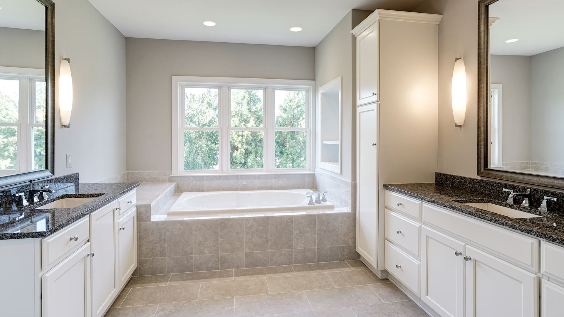 The Owner's Bath in the Grayson on Fallsgate Homesite 4. Some optional features shown.
