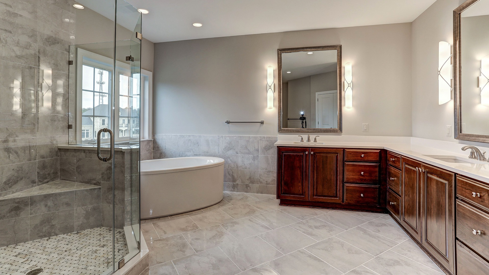 The luxurious Owner's Bath in the Winthrop on Fallsgate Homesite 2. Some optional features shown.