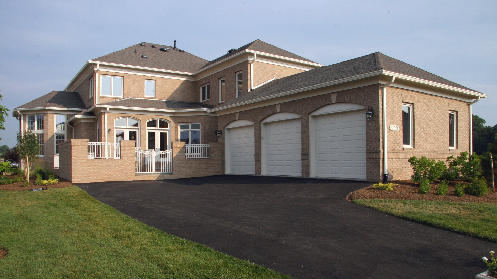 The Rear Elevation of the Hampton model in Brambleton. Some options shown.