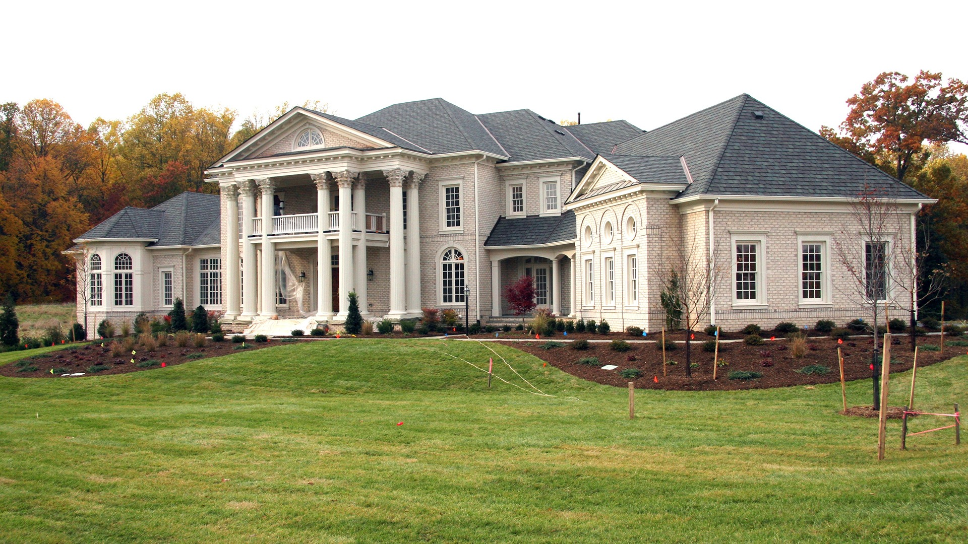 Grovemont Wentworth - Front Elevation with Columns