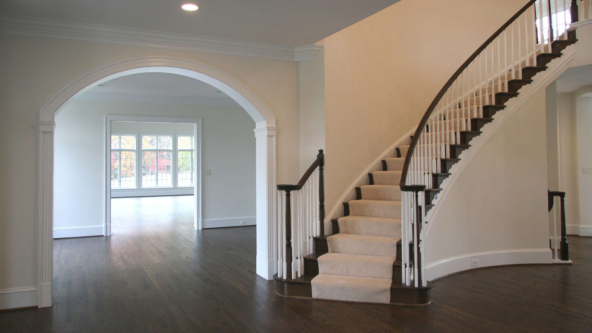 Grovemont Wentworth - Foyer into Living Room
