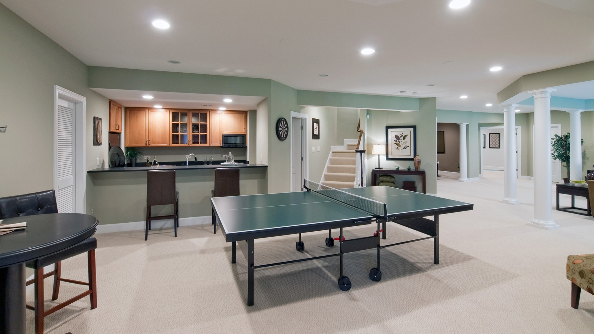 Grovemont Winthrop - Game Room and Wet Bar