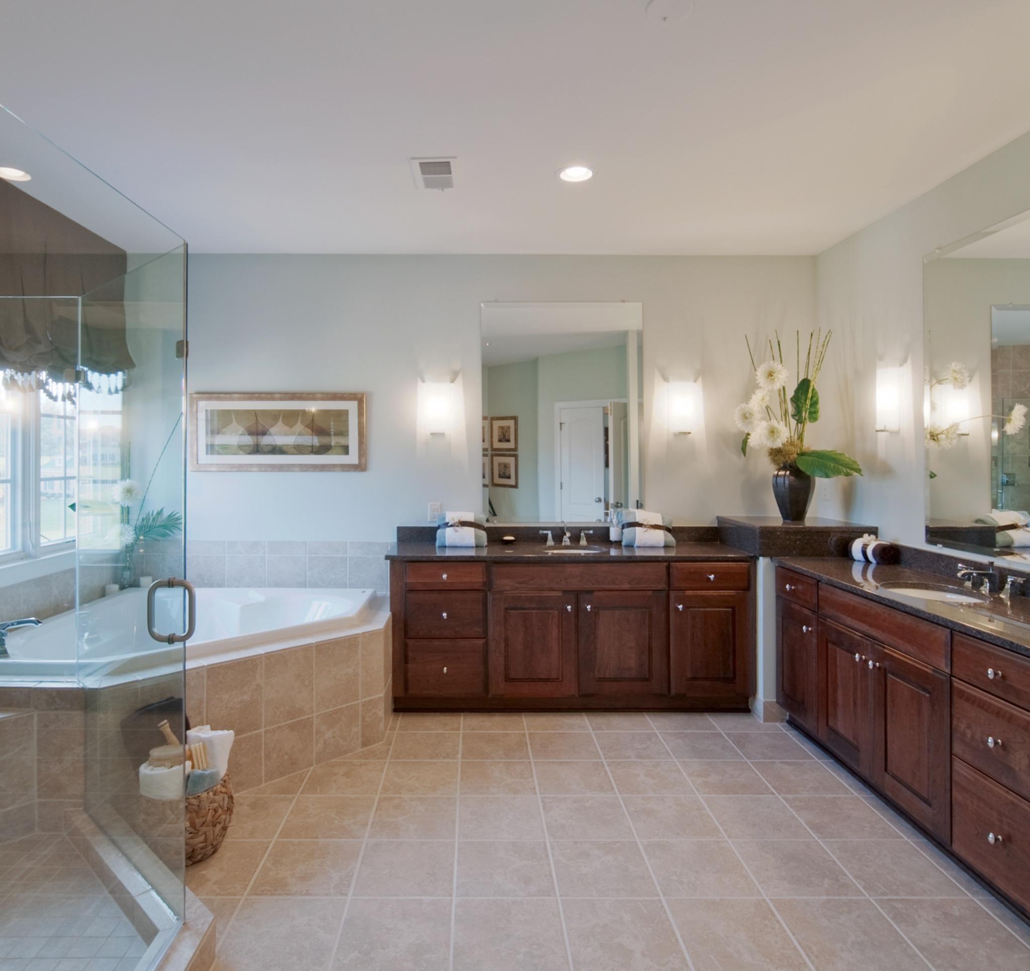 Grovemont Winthrop - Owner's Bath