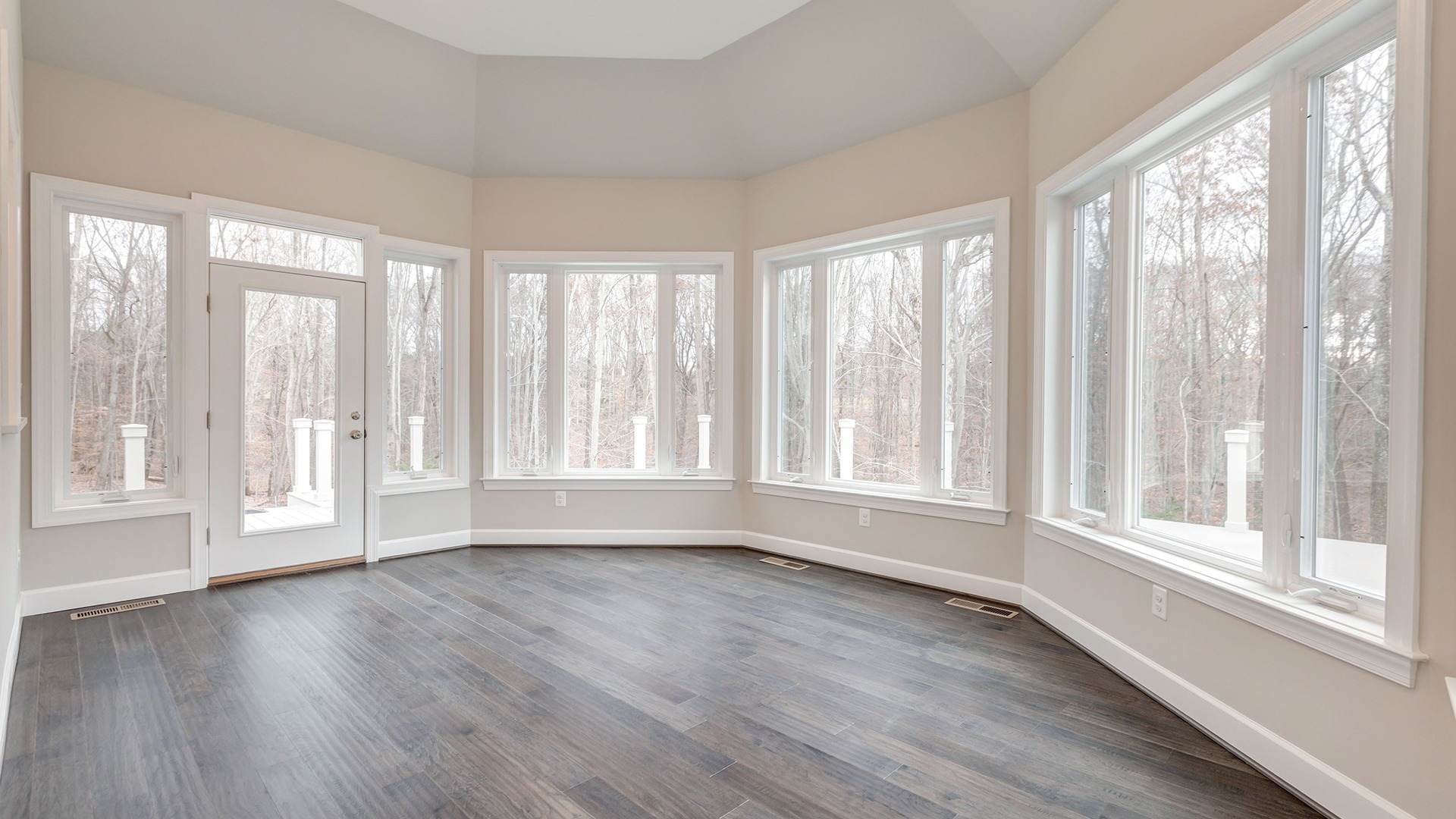 The Sunroom in the Winthrop on Lot 4 at Thompson's Crossing.