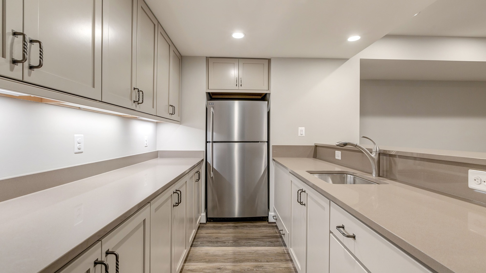 The Walk-behind Wet Bar in the Winthrop on Lot 4 at Thompson's Crossing.