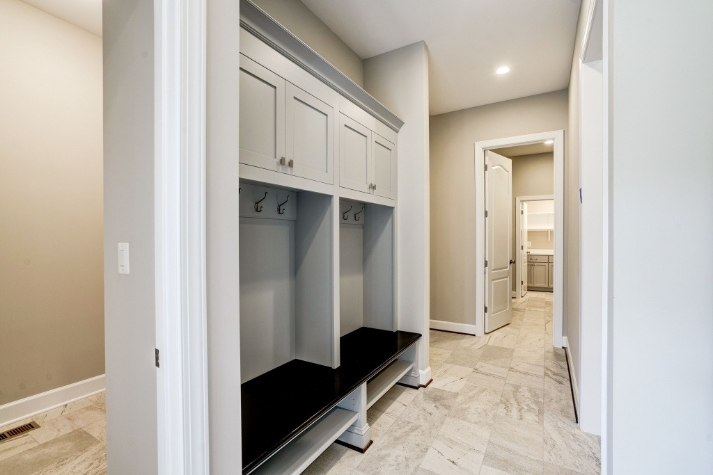 The Mudroom and Laundy in a Gulick | One custom